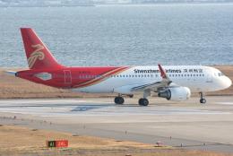 jun☆さんが、関西国際空港で撮影した深圳航空 A320-214の航空フォト(飛行機 写真・画像)