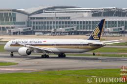 遠森一郎さんが、福岡空港で撮影したシンガポール航空 787-10の航空フォト(飛行機 写真・画像)