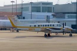 TA27さんが、ジョージ・ブッシュ・インターコンチネンタル空港で撮影したブティックエア 300 Super King Airの航空フォト(飛行機 写真・画像)
