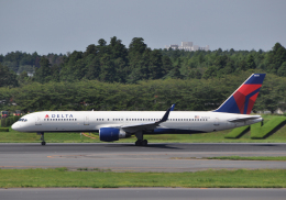 チャーリーマイクさんが、成田国際空港で撮影したデルタ航空 757-251の航空フォト(飛行機 写真・画像)