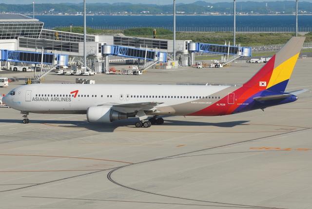 jun☆さんが、中部国際空港で撮影したアシアナ航空 767-38Eの航空フォト(飛行機 写真・画像)