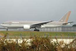 jun☆さんが、成田国際空港で撮影したアシアナ航空 777-28E/ERの航空フォト(飛行機 写真・画像)