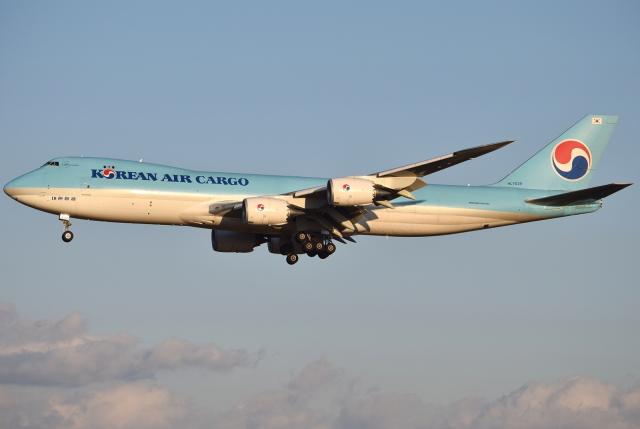 jun☆さんが、成田国際空港で撮影した大韓航空 747-8B5F/SCDの航空フォト(飛行機 写真・画像)