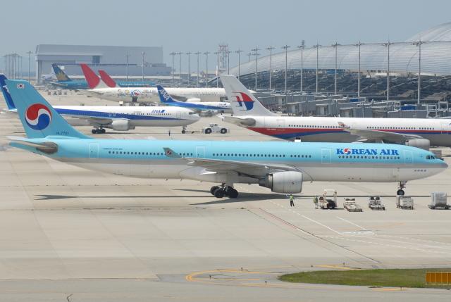 jun☆さんが、関西国際空港で撮影した大韓航空 A330-323Xの航空フォト(飛行機 写真・画像)