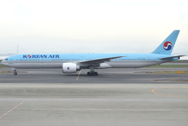 jun☆さんが、関西国際空港で撮影した大韓航空 777-3B5/ERの航空フォト(飛行機 写真・画像)