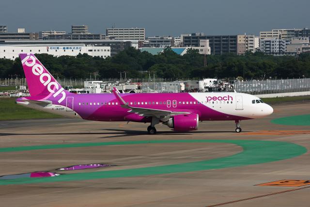 ansett747さんが、福岡空港で撮影したピーチ A320-251Nの航空フォト(飛行機 写真・画像)