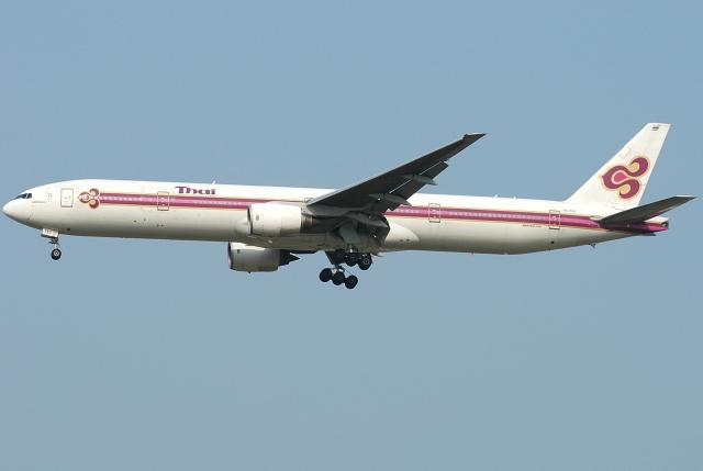 jun☆さんが、成田国際空港で撮影したタイ国際航空 777-3D7の航空フォト(飛行機 写真・画像)