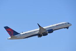 チャーリーマイクさんが、成田国際空港で撮影したデルタ航空 757-26Dの航空フォト(飛行機 写真・画像)