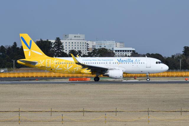ポン太さんが、成田国際空港で撮影したバニラエア A320-214の航空フォト(飛行機 写真・画像)