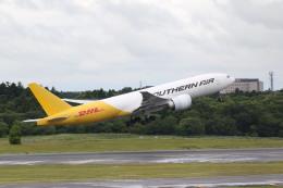 airdrugさんが、成田国際空港で撮影したサザン・エア 777-FZBの航空フォト(飛行機 写真・画像)