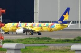 チャレンジャーさんが、羽田空港で撮影したスカイマーク 737-8ALの航空フォト(飛行機 写真・画像)
