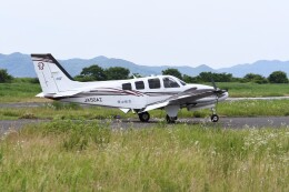 ヨッシさんが、岡南飛行場で撮影した岡山航空 G58 Baronの航空フォト(飛行機 写真・画像)