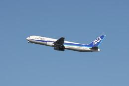 もぐ3さんが、羽田空港で撮影した全日空 767-381の航空フォト(飛行機 写真・画像)