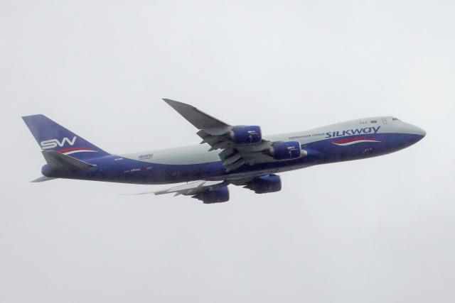 ちゃぽんさんが、成田国際空港で撮影したシルクウェイ・ウェスト・エアラインズ 747-83QFの航空フォト(飛行機 写真・画像)