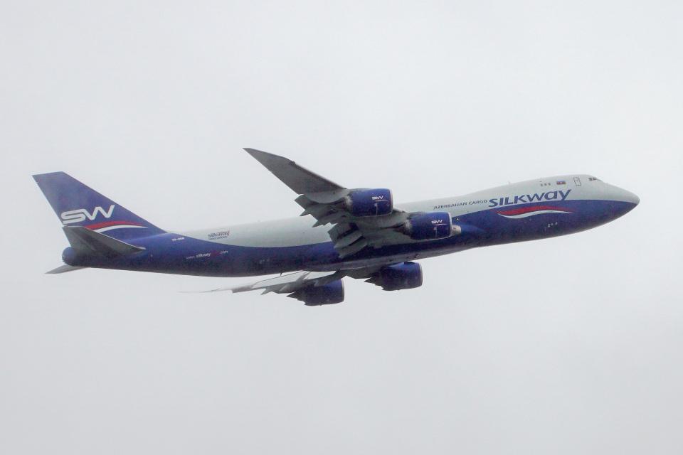 ちゃぽんさんのシルクウェイ・ウェスト・エアラインズ Boeing 747-8 (VQ-BBM) 航空フォト