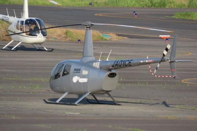 F.YUKIHIDEさんが、岡南飛行場で撮影した日本法人所有 R66 Turbineの航空フォト(飛行機 写真・画像)