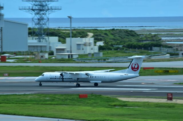 ER_b777logさんが、那覇空港で撮影した琉球エアーコミューター DHC-8-402Q Dash 8 Combiの航空フォト(飛行機 写真・画像)