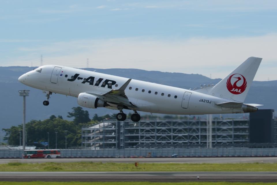ko_zo.k@KMJさんのジェイエア Embraer 170 (JA213J) 航空フォト