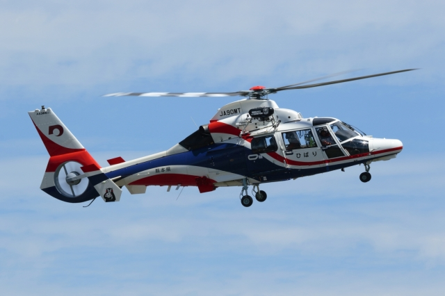ko_zo.k@KMJさんが、熊本空港で撮影した熊本県防災消防航空隊 AS365N3 Dauphin 2の航空フォト(飛行機 写真・画像)