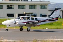 Ariesさんが、八尾空港で撮影した朝日航空 Baron G58の航空フォト(飛行機 写真・画像)