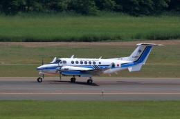 TAKAHIDEさんが、新潟空港で撮影した海上保安庁 King Air 350C (B300C)の航空フォト(飛行機 写真・画像)