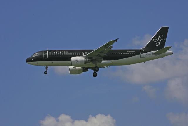 tsubameさんが、福岡空港で撮影したスターフライヤー A320-214の航空フォト(飛行機 写真・画像)