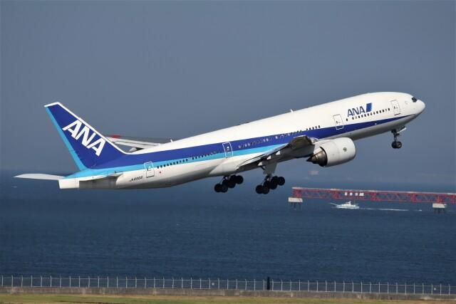 もぐ3さんが、羽田空港で撮影した全日空 777-281の航空フォト(飛行機 写真・画像)