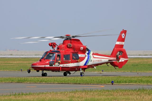 tsubameさんが、北九州空港で撮影した北九州市消防航空隊 AS365N3 Dauphin 2の航空フォト(飛行機 写真・画像)