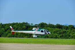 ナナオさんが、石見空港で撮影したアカギヘリコプター AS350B2 Ecureuilの航空フォト(飛行機 写真・画像)