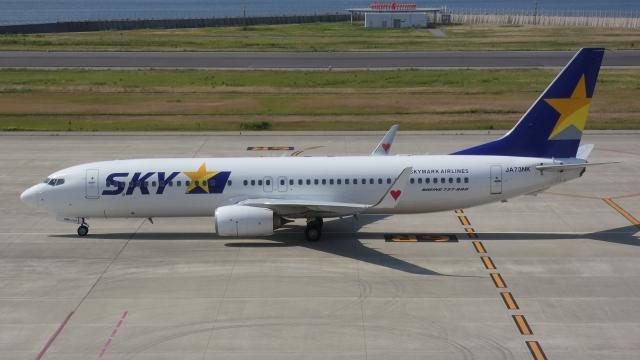 cathay451さんが、神戸空港で撮影したスカイマーク 737-86Nの航空フォト(飛行機 写真・画像)