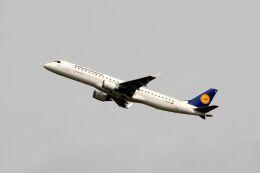 まいけるさんが、ミュンヘン・フランツヨーゼフシュトラウス空港で撮影したルフトハンザ・シティライン ERJ-190-200 LR (ERJ-195LR)の航空フォト(飛行機 写真・画像)