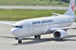 鈴鹿@風さんが、青森空港で撮影した日本航空 737-846の航空フォト(飛行機 写真・画像)