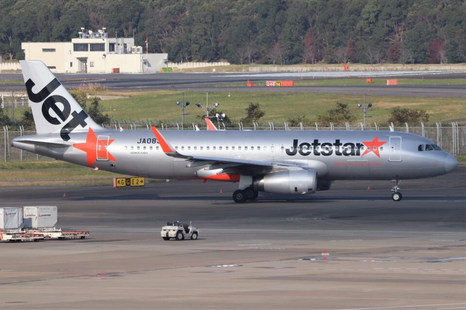 walker2000さんのジェットスター・ジャパン Airbus A320 (JA08JJ) 航空フォト