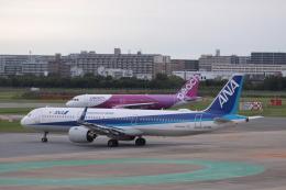 Mr.boneさんが、福岡空港で撮影した全日空 A321-272Nの航空フォト(飛行機 写真・画像)