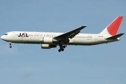 jun☆さんが、福岡空港で撮影した日本航空 767-346の航空フォト(飛行機 写真・画像)
