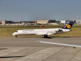 TA27さんが、トゥールーズ・ブラニャック空港で撮影したルフトハンザ・シティライン CL-600-2C10(CRJ-701ER)の航空フォト(飛行機 写真・画像)