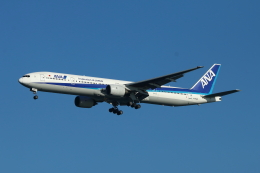 すど。けん。さんが、羽田空港で撮影した全日空 777-381の航空フォト(飛行機 写真・画像)
