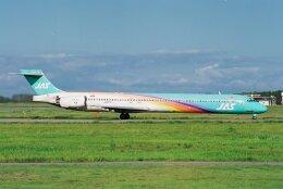 航空フォト:JA001D 日本航空 MD-90