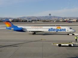 TA27さんが、マッカラン国際空港で撮影したアレジアント・エア MD-82 (DC-9-82)の航空フォト(飛行機 写真・画像)