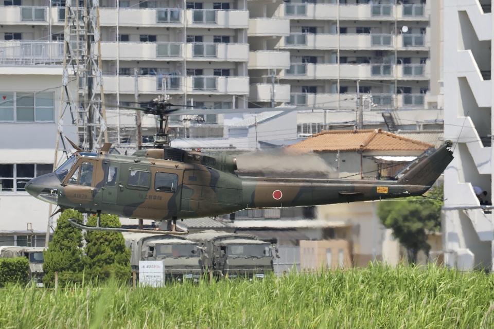 Hii82さんの陸上自衛隊 Fuji UH-1J (41879) 航空フォト
