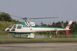 Hii82さんが、奈良県ヘリポートで撮影したアカギヘリコプター AS350B2 Ecureuilの航空フォト(飛行機 写真・画像)