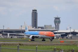 Kaaazさんが、成田国際空港で撮影したKLMオランダ航空 777-306/ERの航空フォト(飛行機 写真・画像)