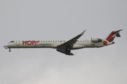 Sharp Fukudaさんが、パリ オルリー空港で撮影したエールフランス・オップ! CL-600-2E25 Regional Jet CRJ-1000の航空フォト(飛行機 写真・画像)