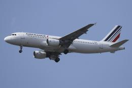 Sharp Fukudaさんが、パリ オルリー空港で撮影したエールフランス航空 A320-214の航空フォト(飛行機 写真・画像)