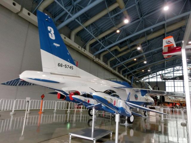 TA27さんが、浜松基地で撮影した航空自衛隊 T-4の航空フォト(飛行機 写真・画像)
