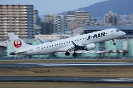 ▲®さんが、伊丹空港で撮影したジェイエア ERJ-190-100(ERJ-190STD)の航空フォト(飛行機 写真・画像)