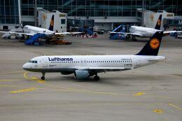 航空フォト:D-AIPF ルフトハンザドイツ航空 A320