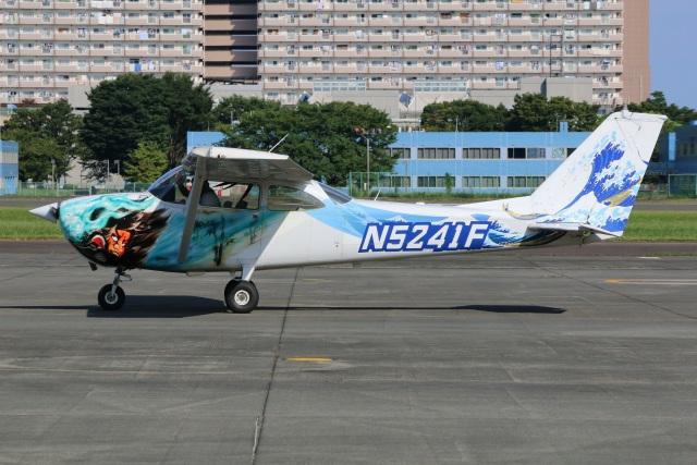 シン・マリオ先輩さんが、立川飛行場で撮影したヨコタ・アエロ・クラブ 172F Skyhawkの航空フォト(飛行機 写真・画像)