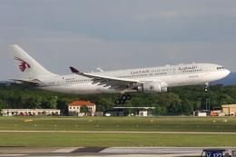 kinsanさんが、フランクフルト国際空港で撮影したカタール航空 A330-202の航空フォト(飛行機 写真・画像)
