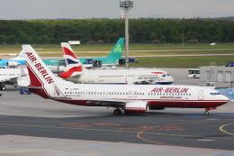kinsanさんが、フランクフルト国際空港で撮影したエア・ベルリン 737-86Jの航空フォト(飛行機 写真・画像)